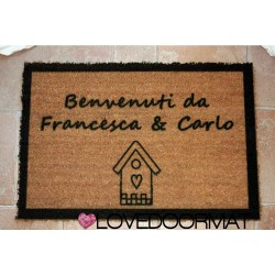 Zerbino Personalizzato da interno - Casetta, Bordi e Tuo Testo - in cocco naturale cm. 100x50x2 LOVEDOORMAT Marchio Registrato Handmade in Italy